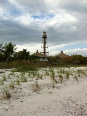 lighthouse beach-1575
